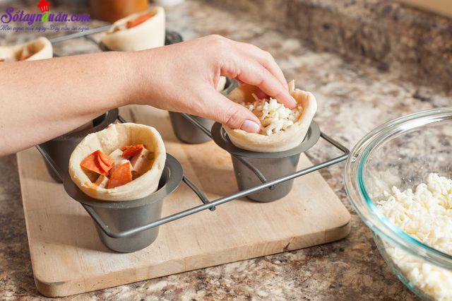 cách làm bánh pizza ốc quế 10