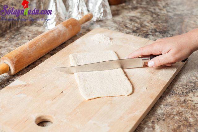 cách làm bánh pizza ốc quế 3