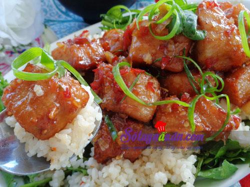 Hướng dẫn làm cá thu sốt cay ăn kèm cơm ngon tuyệt 7
