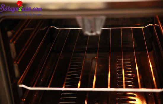 cách làm bánh quy bọc xúc xích 4
