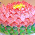 cách làm mâm cỗ đơn giản cúng rằm, cách làm hoa sen, quả dứa bằng kẹo oishi 3
