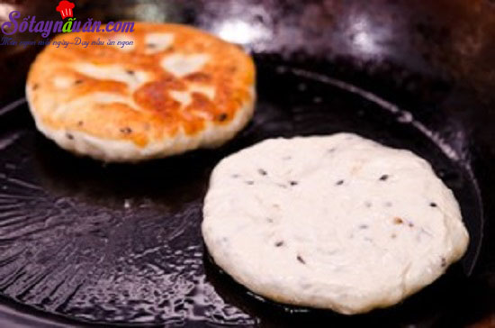 cách làm bánh hotteok 9