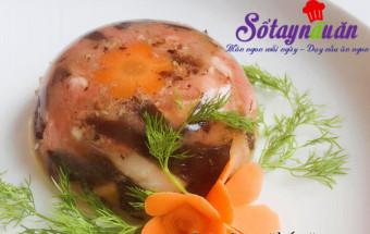 Nấu ăn món ngon mỗi ngày với Nấm hương, Thịt gà nấu đông đậm đà hương vị Tết 4