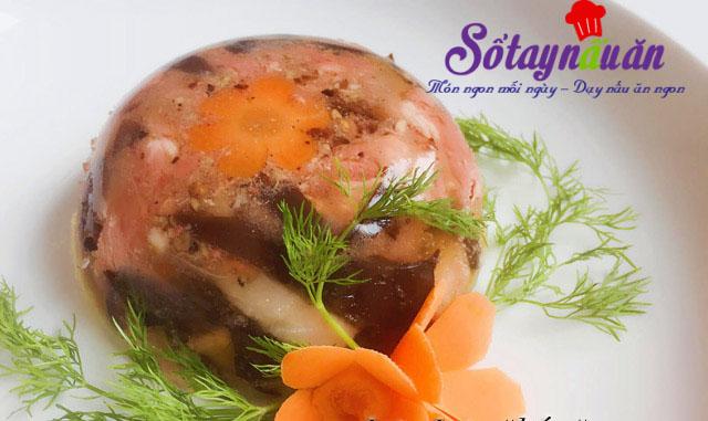 Thịt gà nấu đông đậm đà hương vị Tết 4