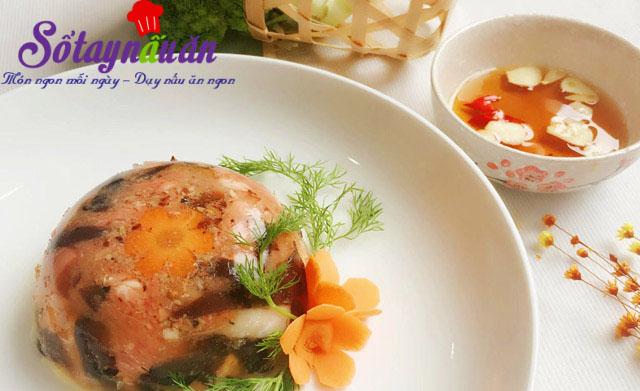 Thịt gà nấu đông đậm đà hương vị Tết 5