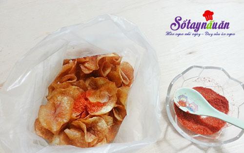 Tự làm bim bim khoai tây lắc muối ớt giòn sần sật 3