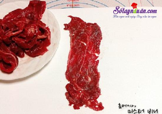Cách làm bò cuộn phô mai chiên giòn 2