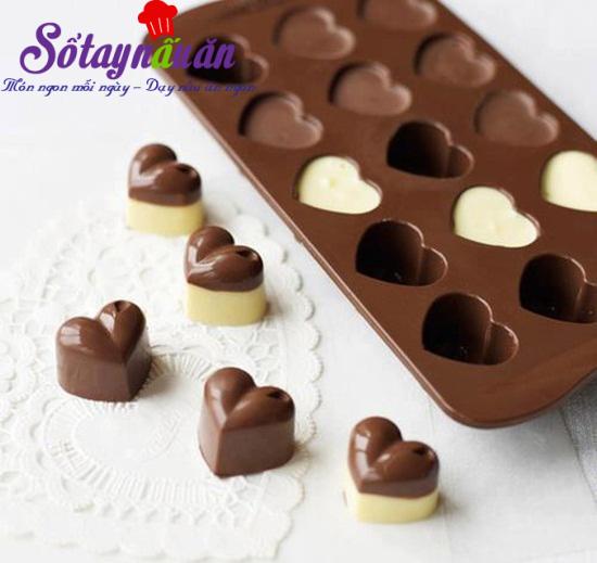 Cách làm socola trái tim cho valentine thêm ấm ấp 4