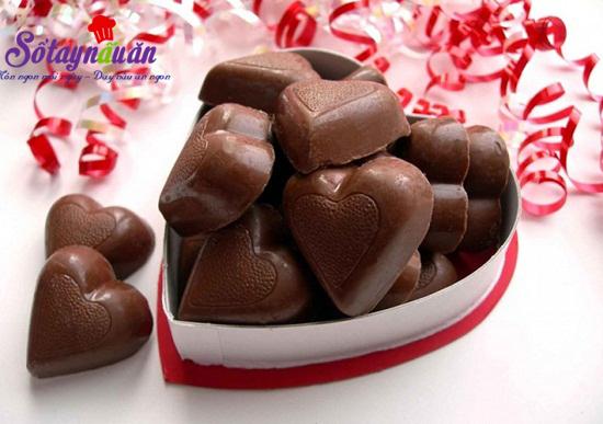 Cách làm socola trái tim cho valentine thêm ấm ấp 5