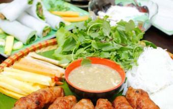 Nấu ăn món ngon mỗi ngày với Hành khô, cách làm nem lụi 1