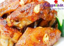 Học cách làm cánh gà nướng muối ớt siêu dễ