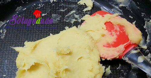 Học làm bánh giầy đậu xanh dẻo thơm hết nấc 3