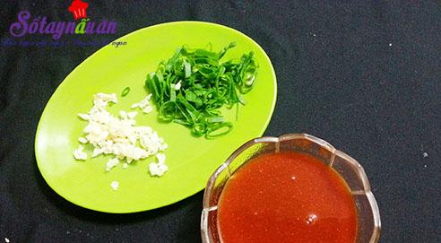 Ngon cơm với cá hồi áp chảo sốt chua ngọt 2