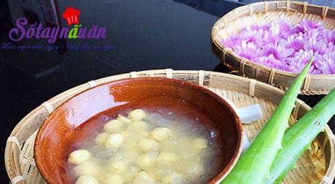 Hướng dẫn uống trà lô hội với hạt sen thơm vào những ngày hè