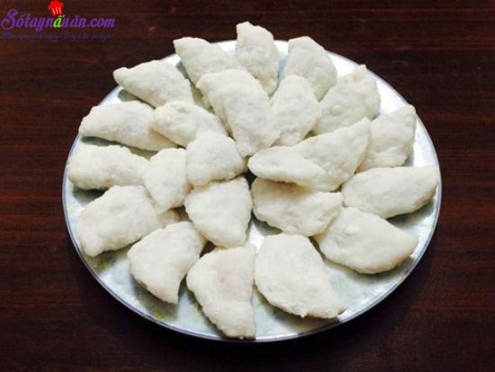 cách làm bánh bột lọc 7