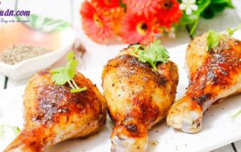 Nấu ăn món ngon mỗi ngày với Hành khô, cách làm gà nướng tiêu đen 5