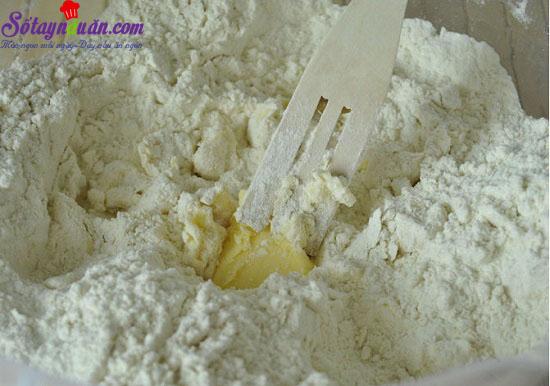 cách làm bánh chuối quả mâm xôi 3