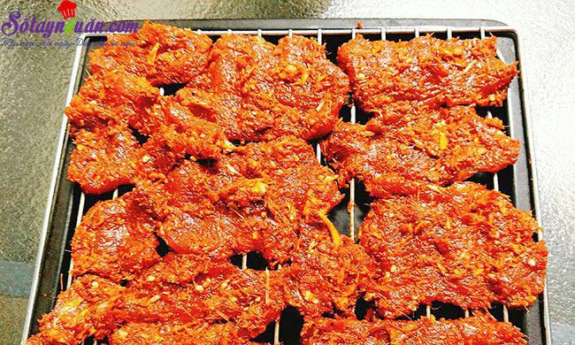 cách làm thịt heo khô cay 6