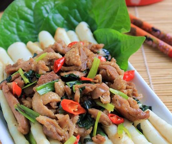 hướng dẫn cách nấu ăn ngon hàng ngày, Đưa cơm với thịt vịt xào măng trúc