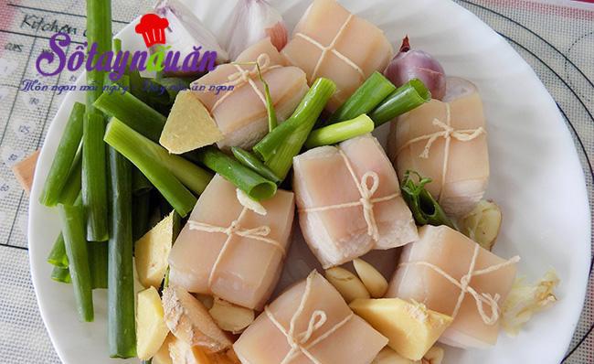 Thịt kho Đông Pha gây nghiện miếng đầu tiên