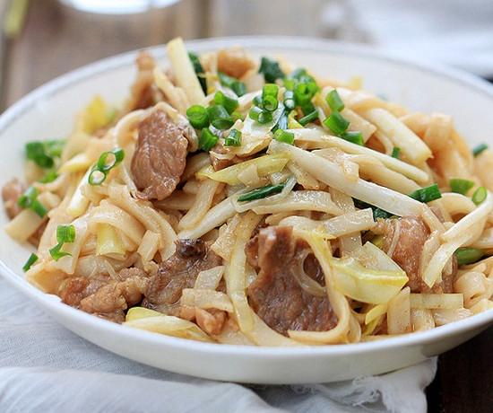 món ngon dễ làm, Cách làm phở xào thịt bò thơm ngon mà không hề khó