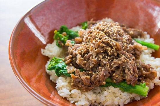Nấu ăn, Cách làm bò sốt vừng thơm mềm cho bữa tối